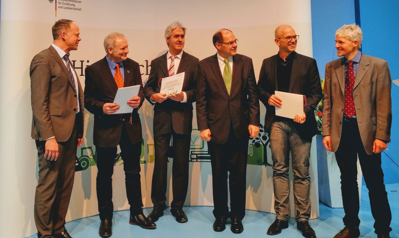 Neues Forschungsprojekt zur Weiterentwicklung der ökologischen Hühnerzucht gestartet